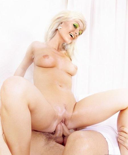 paris_hilton_takes_on_two_cocks